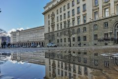SOFIA BUŁGARIA, LUTY, - 5, 2017: Zima widok Poprzedni partia komunistyczna dom w Sofia Fotografia Royalty Free