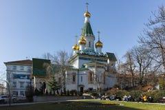 SOFIA, BULGARIA - 17 MARZO 2018: Vista stupefacente della chiesa russa delle cupole dorate a Sofia Immagini Stock