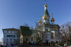 SOFIA, BULGARIA - 17 MARZO 2018: Vista stupefacente della chiesa russa delle cupole dorate a Sofia Fotografie Stock Libere da Diritti