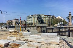 SOFIA, BULGARIJE - APRIL 13, 2018: Panorama van Leeuw` s Brug over Vladaya-rivier, Sofia Royalty-vrije Stock Foto's