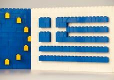 Sofia, Bulgarije - Juli 15, 2015: Plastic LEGO blokkeert vormingen, die nationale vlag van Griekenland met Europese Unie symbool  Royalty-vrije Stock Foto's
