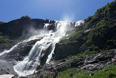 Sofia Waterfall av Weternen Kaukasus arkivbilder