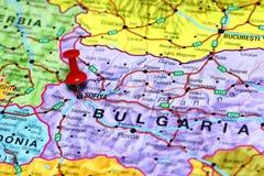 Sofiya die op een kaart van Europa wordt gespeld royalty-vrije stock afbeeldingen