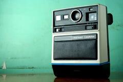 Sofortige Kamera der Weinlese Lizenzfreie Stockfotos