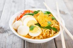 Sofortige Nudelsuppe des frischen Currys Lizenzfreies Stockbild