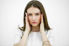 Sofrimento da jovem mulher da dor Foto de Stock