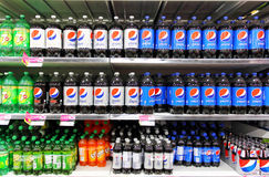 Soft drinks in supermarket Stock Photos