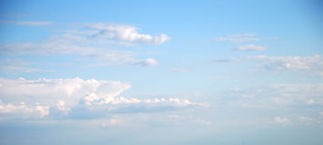Soft white clouds against blue sky Royalty Free Stock Photos