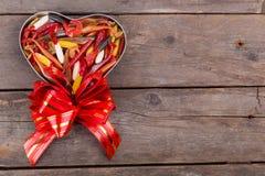 Softbaits de la pesca en la caja de regalo para el día de tarjetas del día de San Valentín Imagen de archivo libre de regalías