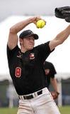 softball för fastpitchmankanna Arkivbild