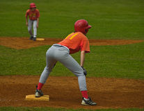 Softball/Klaar om de Basis te winnen Stock Afbeeldingen