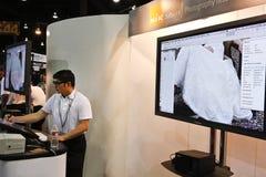 Software di Nik al congresso & all'Expo del mondo di Photoshop fotografie stock