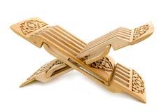 Soggiorno intagliato di legno per il koran Fotografia Stock Libera da Diritti