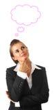 Sognando la donna moderna di affari isolata su bianco Immagine Stock