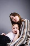 Sohn und Mutter Stockbild