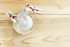 Soif pour dans l'amour avec du café Photographie stock libre de droits