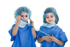 Soigne la coopération avec le matériel médical images libres de droits