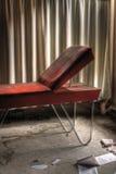 soigne la table orange photographie stock libre de droits