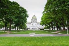 Soilders i żeglarzi pamiątkowi obok Capitol buduje teren obraz royalty free