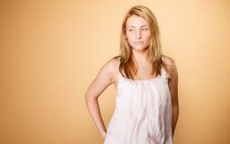 Soin de peau Visage de femme sans le maquillage Photographie stock libre de droits