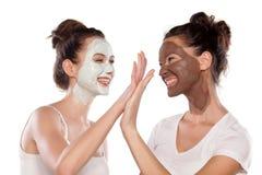 Soins de la peau et amitié faciaux Image libre de droits