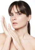 Soins de la peau naturels de femme de beauté Photos libres de droits