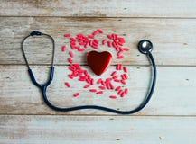 Soins de santé de stéthoscope et de coeur Images libres de droits