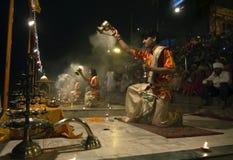 Soirée Arati à Varanasi Images libres de droits