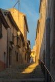 Soirée aux rues de la vieille ville de Toledo Image stock