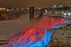Soirée d'hiver aux chutes du Niagara image libre de droits