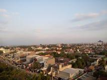 Soirée dans la ville de Makassar photographie stock libre de droits