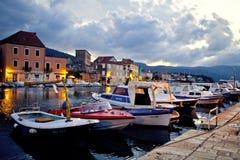 Soirée dans la ville de mer Photo stock
