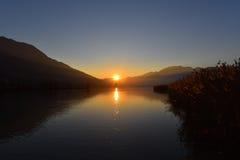 Soirée de coucher du soleil sur le marais Photos libres de droits