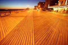 Soirée en plage de Brighton d'île de lapin image libre de droits
