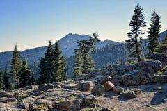 Soirée, montagne de Brokeoff, parc national volcanique de Lassen photographie stock