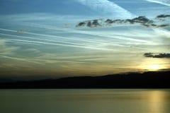 Soirée sur le lac Ohrid, dans la région du sud de la république de Macédoine Images libres de droits