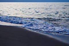 Soirée sur le rivage Photographie stock libre de droits