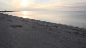 Soirée tranquille et paisible à la mer clips vidéos