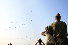 soixante-cinquième Commémoration aéroportée à Ede Photo libre de droits