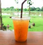 Sok pomarańczowy lub pasyjny owocowy sok Zdjęcia Royalty Free