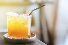 sok pomara?czowy white odizolowane zdjęcie stock