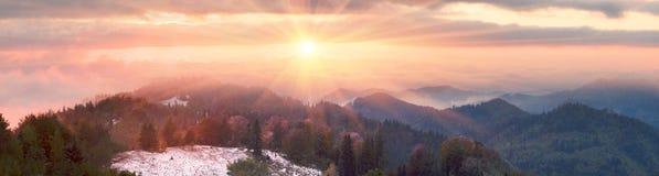 Sokal Ridge en automne photographie stock libre de droits