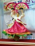 SOKCHO, ΚΟΡΈΑ - 11 ΙΟΥΝΊΟΥ: Παραδοσιακός κορεατικός χορός ανεμιστήρων Στοκ Εικόνα