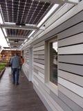 sol- överhäng paneler Royaltyfri Foto