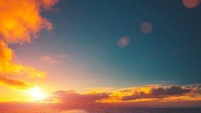 Sol bonito do cloudscape e do por do sol na Antártica filme