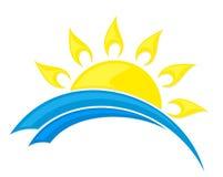 Sol e mar do logotipo Fotos de Stock