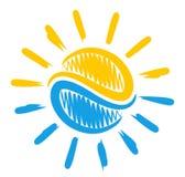 Sol e mar do logotipo Imagem de Stock Royalty Free