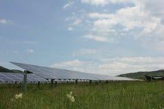 Sol- energi, solpaneler, renewables royaltyfri fotografi