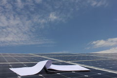 Sol- energi, solpaneler, renewables Royaltyfri Foto