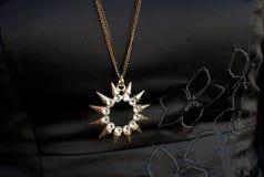 Sol formad halsband Royaltyfria Bilder